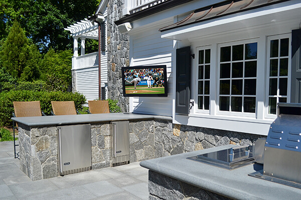 Patio-outdoor-television-westchester-new-york