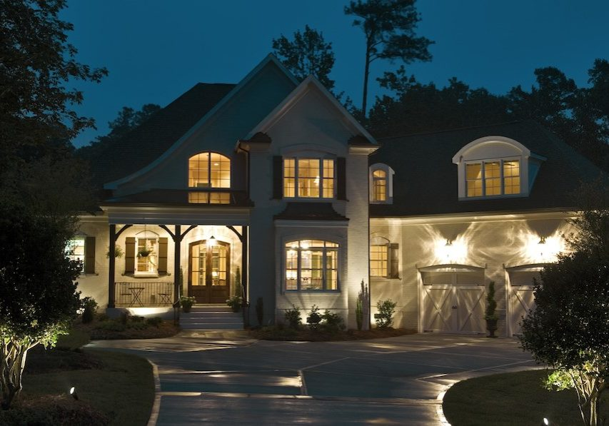 enhancing-your-homes-appeal-with-landscape-lighting